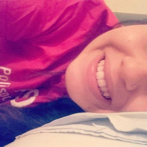 E infine sorridi, perché non ti rimane nessun'altra soluzione. Maluchiffarenotturno Fridaynight Letto Smile Happyshalala