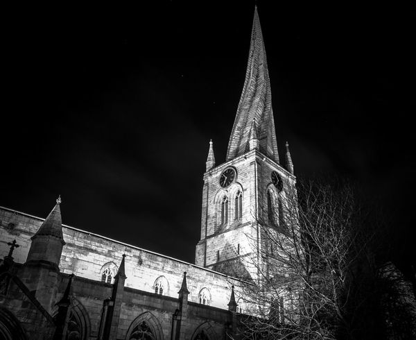 Crooked spire in Chesterfield Derbyshire Architecture B&w B&w Photography B&w Street Photography Blackandwhite Building Exterior Built Structure Chesterfield Church Cityscape Clock Tower Crookedspire Derbyshire Low Angle View Nightphotography No People Place Of Worship Religion Sky Sosarge Spire  Town