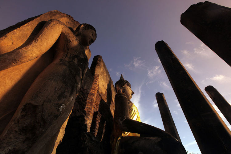 Ancient Architectural Column Architecture Art Built Structure Capital Cities  Cloud - Sky Day Famous Place History International Landmark Low Angle View Monument No People Outdoors Sky Tall - High Temple - Building The Past Tourism Travel Destinations