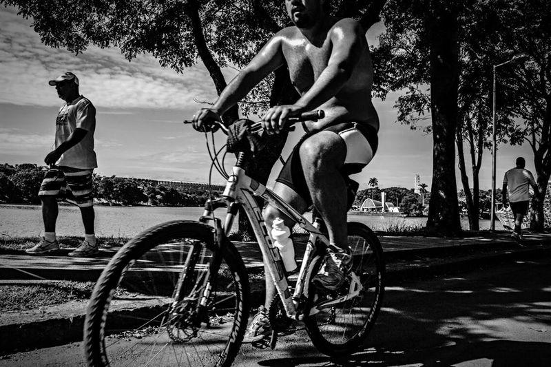 On Your Bike HiFiPhotographia HIFiClaudioVRocha Blackandwhitephotography Black & White Blackandwhite Noiretblanc Pretoebranco Blancoynegro Bike