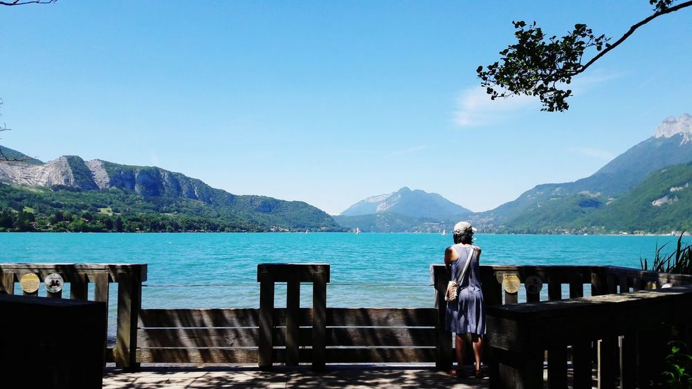 Mountain Lake Mountain Range Adult Adults Only Only Women People Water Day Outdoors Sky Tree Two People Vacations Scenics Nature Beauty In Nature Full Length Young Adult Annecy, France Annecy Lake Forest EyeEmNewHere The Traveler - 2018 EyeEm Awards The Great Outdoors - 2018 EyeEm Awards