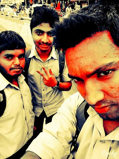 Selfie with frnds after college 🎓 That's Me