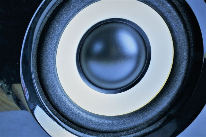 An Image of a loudspeaker - speaker Hifi Music Sound Studio Techno Close-up Day Indoors  Loudspeaker Loudspeakers No People Speaker Stereo Technology