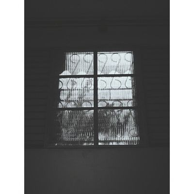▪ Vscobrasil ▪ Vscocam ▪ VSCO ▪ Vscofocus ▪ window ▪ rain ▪ Bw ▪ instadaily ▪ vscogrid