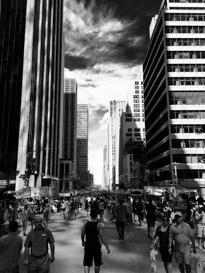 New York Clouds And Sky EyeEm Best Shots Blackandwhite Traveling Street Photography