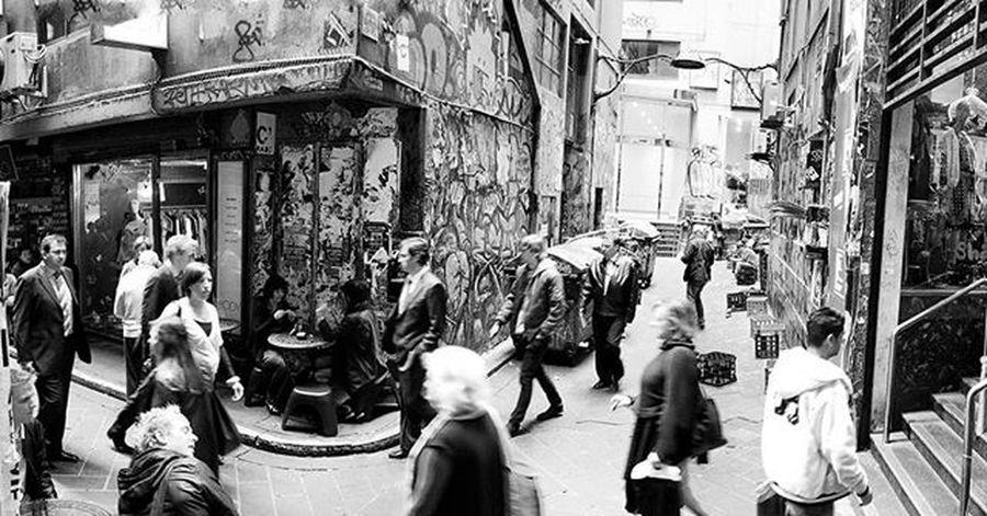 In the lanes... (pt 5) Photography Photo Photographer VSCO Vscocam Vscocamphotos Vscoaustralia Vscomelbourne Justgoshoot Capture Canon Street Streetphoto Streetcapture Streetsofmelbourne Gspc Blackandwhite Bw Bnw Blackandwhiteisworththefight Blackandwhitephotography Bw_awards Melbourne Melbournecbd Melbournecity melbourneiloveyou graffiti streetart lane laneway