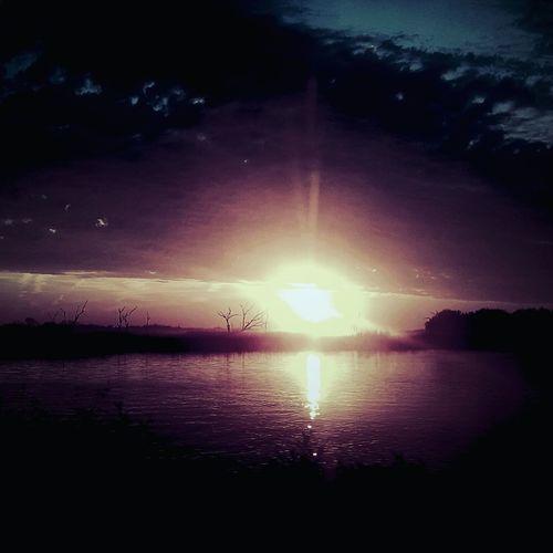 Scenics Beauty In Nature Nature Tranquility Tranquil Scene Reflection Water Outdoors Sun Horizon Over Water Beauty In Nature Louisiana Eye Of Ky Louisianaphotography Louisiana Skies Cloud - Sky Lovely Louisiana Nature Highwayphotography Sunrise Reflection