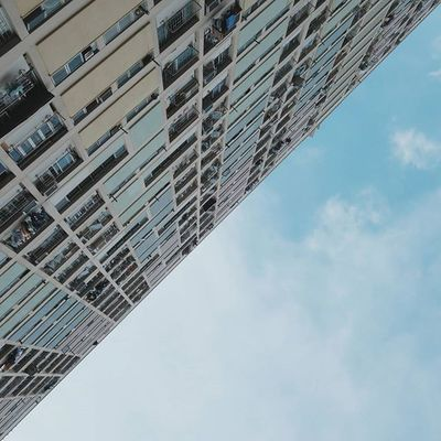 strive on. | 清空 ☁ • look up and move forward. 獨守 一角清空 • || Discoverhongkong | Residensity | Kby_publichousing ||