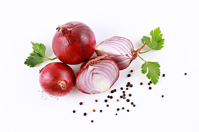 Red Onion Cooking Cooking At Home Cut Freshness Onion Rings Patterns In Nature Background Black Peppercorn Flat Lay Food Food Concept Foodporn Healthy Eating Ingredient Large Group Of Objects Layout Onion Parsley Pattern Preparation  Red Onion Spice Top View Variation Vegetable