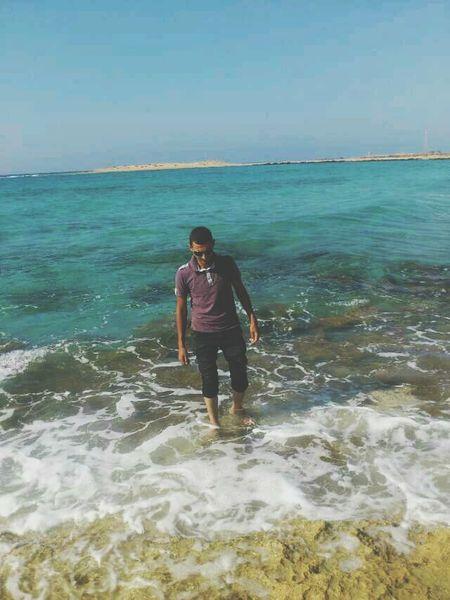 خليك بين الناس فاعل خير ^^ والعمر مهما طال راه قصير ^^ خليك ديما صافي^^ كيف العسل للناس حلو وشافي ^^ Hanging Out Libya بنغازي Benghazi