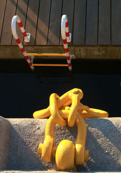 Harbour Paint The Town Yellow Watergate Chain Close-up Jetty Quai Quay Wharf Yellow