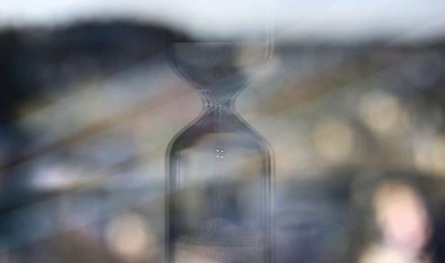 Thanks2018…Welcome2019✴✴✴ Interior Reflection Reflections Reflection_collection Reflection Photography Reflection Perfection  Reflections In The Glass Windows EyeEm Best Shots EyeEm Gallery Backgrounds Background Background Photography EyeEmBestPics Eyeem4photography View From The Window... Time Sand Timer Glass - Material Hourglass Close-up Falling Fallen
