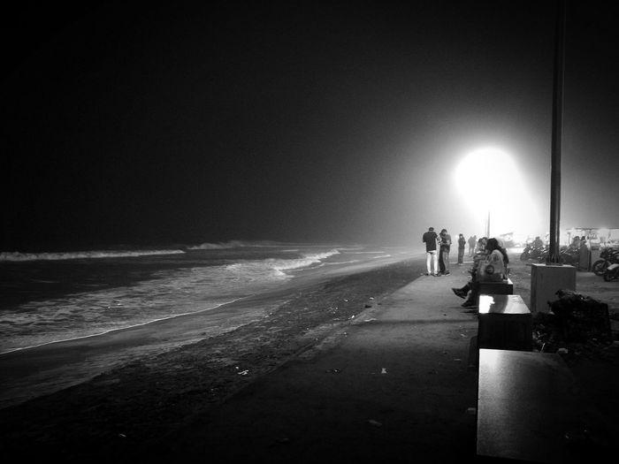 Night Beach Sea Water People HuaweiP9 Night Photography Black & White Lights