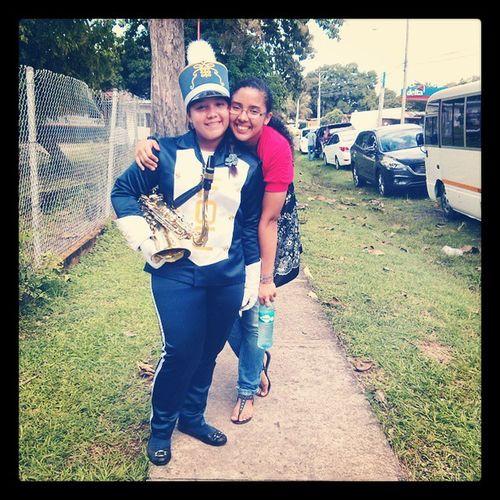 Mi hnita y yo.. MesDeLaPatria DiosesBueno .