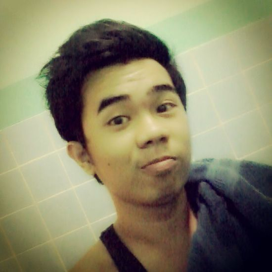 goodm0rning buddie Bathtime Sleepyheads Eyebags Cool \m/