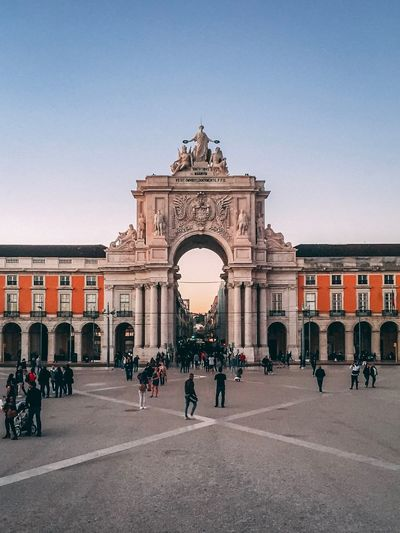 Lisbon vibes Goldenhour Sky Vacations Lisboa Lisbon Architecture Built Structure Large Group Of People Clear Sky Triumphal Arch Arch Building Exterior Tourism History Travel Destinations City Real People People Outdoors
