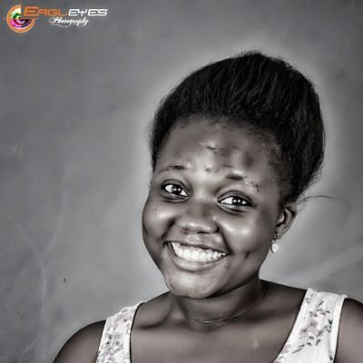 If you're reading this... Congratulations, you're alive. If that's not something to smile about, then i don't know what is. Jiniuskonxepts Eagleyesphotography Babiesweetie Studio88 smile