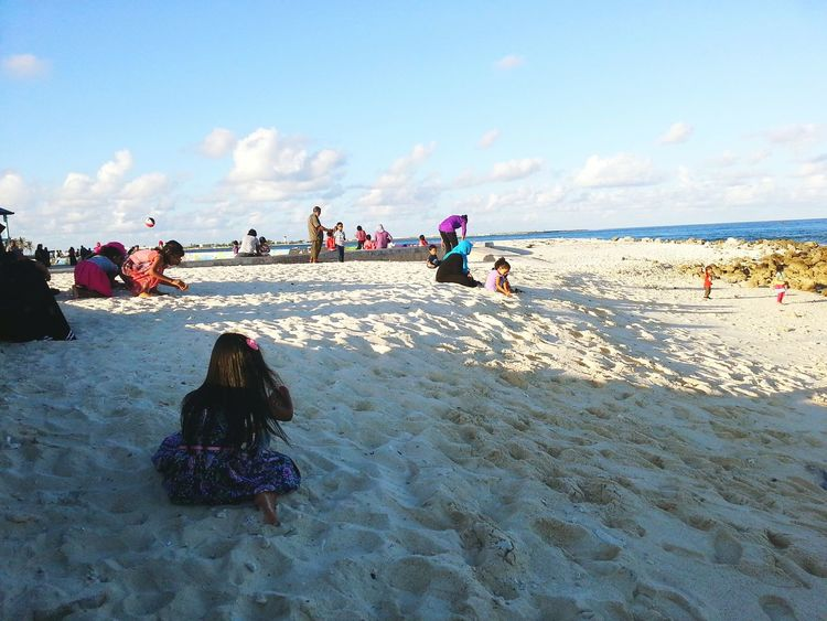 Male Raalhugandu Have A Nice Day♥ Children On The Beach Faces Of Summer