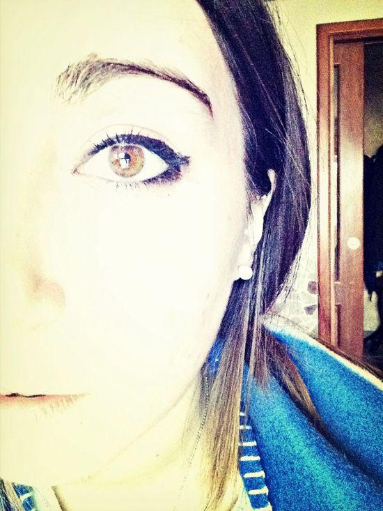 E se tornasse quello sguardo un'altra volta.. Che ti fa a pezzi perché non basta mai.❤️