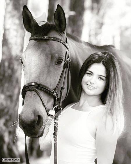 Goddessonhorseback Horses Horse Horsesofinstagram Pentax Wolfworx Horses_of_instagram Horsestagram Instahorses Instagood Grass Field Farm Nature Ilovemyhorse Beautiful Pretty Photooftheday Woman Photoshoot