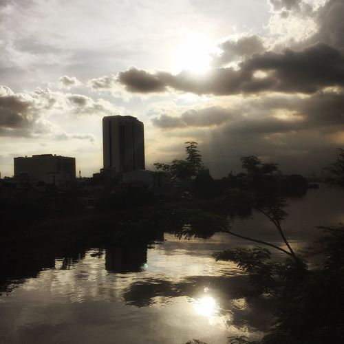 Beautiful and raw. From the ROLL. NO FILTER. Mandaluyong City Feel The Journey My Collection Of Clouds Makati City Nephophilia EyeEm Manila Eyeem Philippines Iphonephotography Philippines Photos Mycollectionofclouds Relaxing Things I Like Taking Photos On The Way