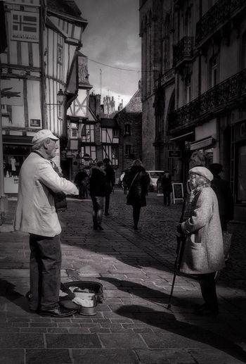 Street Singer
