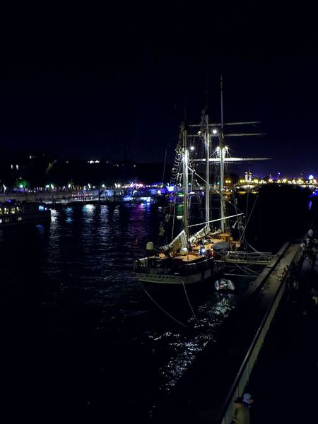 Night No People Nautical Vessel Water Outdoors Sea Illuminated Industry Harbor Sky Oil Pump Paris, France  Boats⛵️ Nightphotography 14 Juillet Seine River France Streetphotography The Week On EyeEm Your Ticket To Europe EyeEmNewHere