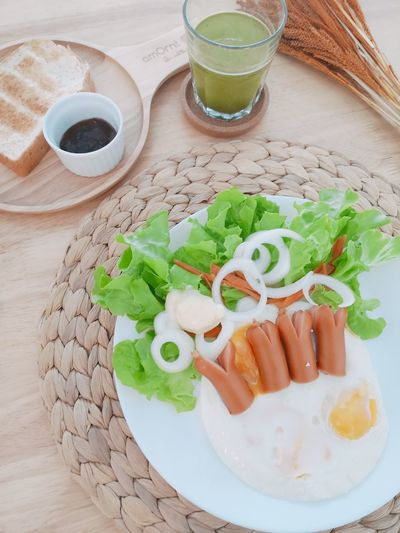 Healthy Eating Healthy Lifestyle Healthy Breakfast Morning Drink Plate Close-up Food And Drink Sandwich Fried Egg Served Omelet Egg White Egg Yolk Toasted Bread Wrap Sandwich