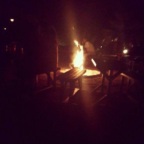 Hava 65 derece ama ateş başında muzik dinliyoruz Olympos Eskiyeni
