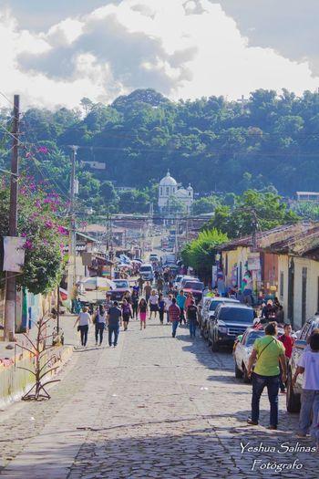 Large Group Of People Ataco ElSalvador  Elsalvadorimpresionante Ahuachapan  Fiesta De Mi País Iglesia Church Idiosyncrasy EyeEmNewHere