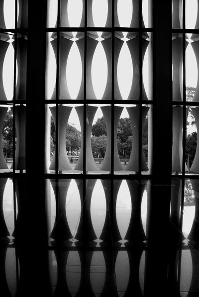 Architectural Column Architecture Design Ho Chi Minh City Mirror Image Monochrome Park See Through Symmetry The Architect - 2016 EyeEm Awards Your Design Story Feel The Journey