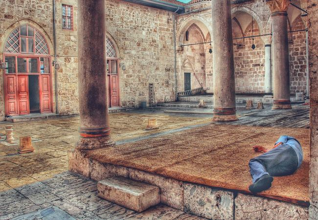 Photography Perspective Turkey Place Of Worship Playing With Filters Photograph Architecture EyeEm EyeEm Best Edits Streetphotography Peoplephotography