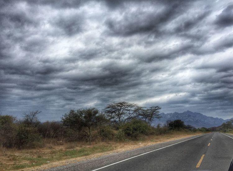 Road trippin' Piura Skyscape
