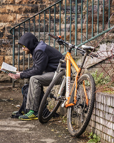 Cool shades Bicycle Cyclist Kelvinbridge Random Reading A Book Resting Place Side View Sitting Street Photography