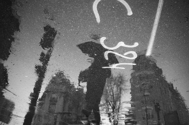Rain Rainy Days Blackandwhite Monochrome Streetphotography Umbrella