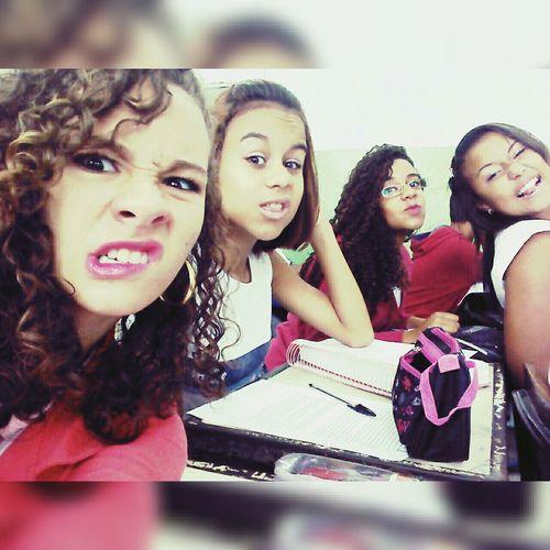 School ✌ Brazil Like4like Likesforlikes Likeforlike Princess Crazy Moments Friends ❤ Forever ♡ Valemouro Suas loucuras parecem,um pouco com a minha.💞