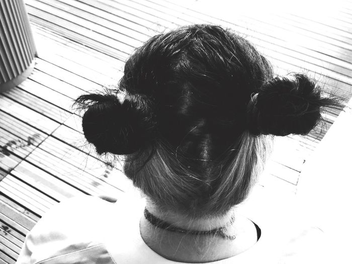Bunny girl Coiffure Chignon  Girl Vuededos Black And White