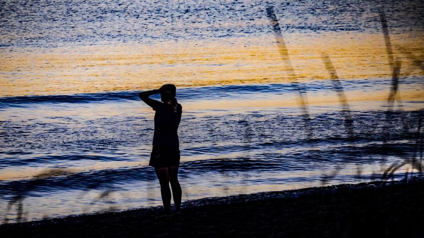 Relaxing Moments Sunrise At The Beach Enjoying The View Nature Design Nature Art Fine Art EyeEm Best Shots Outdoors EyeEm Best Edits Nature Photography Beautiful Nature Sunrise Sunrise Silhouette Sunrise_Collection Reflections In The Water