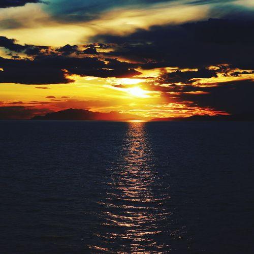 Water Sea Sunset Beach Sky Cloud - Sky Horizon Over Water