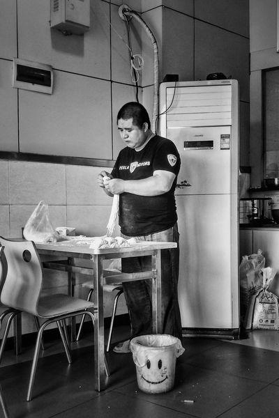 Faces Of The WorldHaving Breakfast Everybodystreet Evrybody Street Faces Of EyeEm I Like My City Eye4photography  I Love My City Streetphotography Black & White Mirrorless Pastel