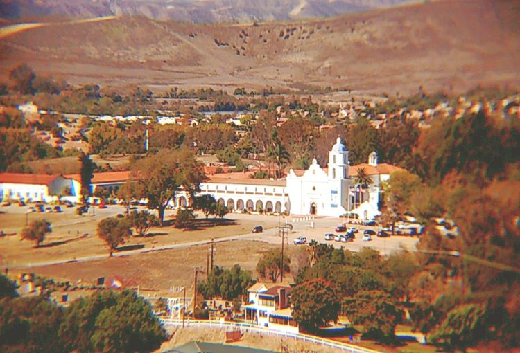 should be a post card ;) memories Took this picture from Quail Ridge apartments 10/20/16 I used to live here when I was 7 years old and the view is still amazing. Nostalgia Nostalgic  Euphoria Euphoric Mission San Luis Rey De Francia 10/16 Architecture Buildings Street Photography Scenics Transportation San Diego Oceanside California Trees Beauty In Nature Travel Popular Check This Out Enjoying Life EyeEm Best Shots The Week Of Eyeem Beautiful Nature San Luis Rey Mission