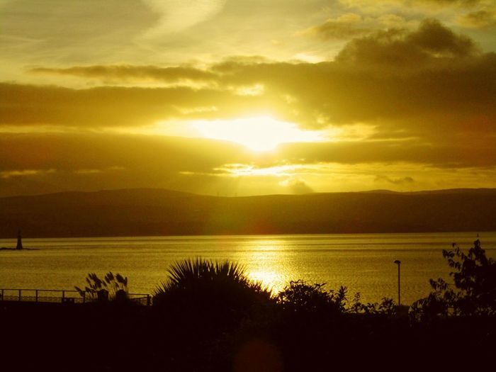 Beauty In Nature Tranquility Sunlight Dramatic Sky No People Idyllic Cloud - Sky Water Tranquil Scene Nature Sunrise Over The Firth Of Clyde Autumn Scotland