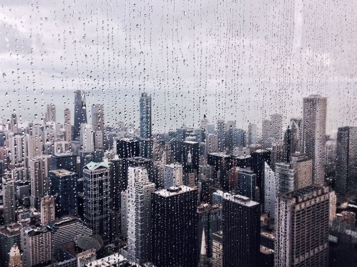 VSCO Vscocam EyeEm Best Shots Chicago Rain Raindrops Architecture Skyline Urban Geometry Water Droplets Fresh On Market 2018