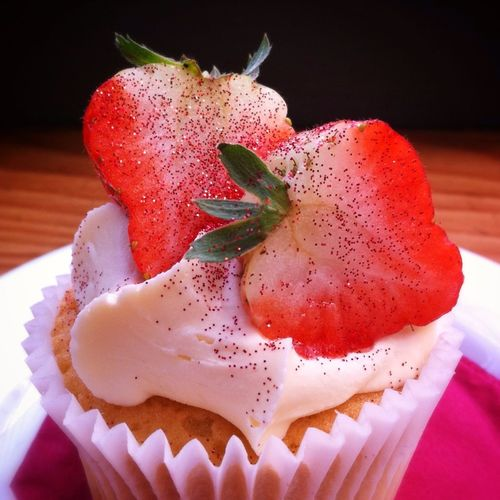 Food Strawberry Cakes Strawberry Cupcake