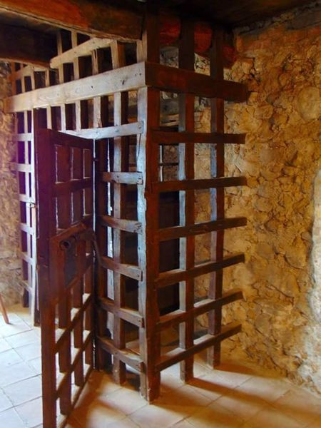 cella dell'ex carcere borbonico di Monteforte in Irpinia Jailhouse The Past History Southern Italy Campania No People Italy