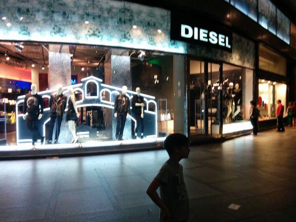 Shopping Saldi Diesel
