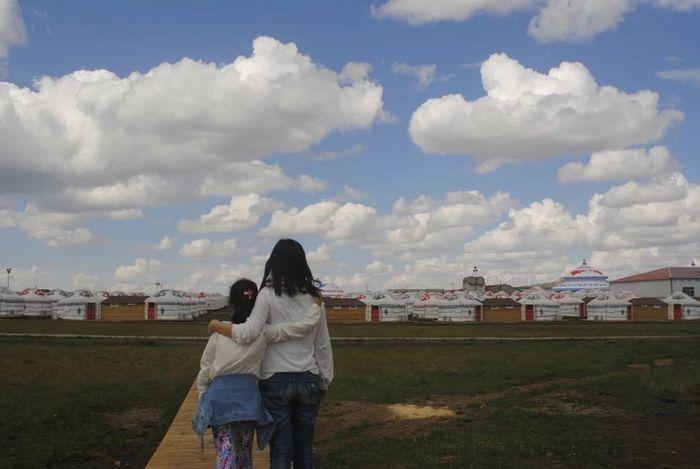 朋友的图片,好美。明年的这个时候,我要去内蒙古草原 旅游