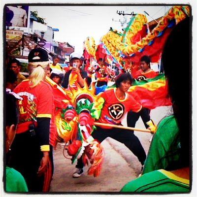 Dragon dance Iphonesia Instagram Capgomeh Singkawang