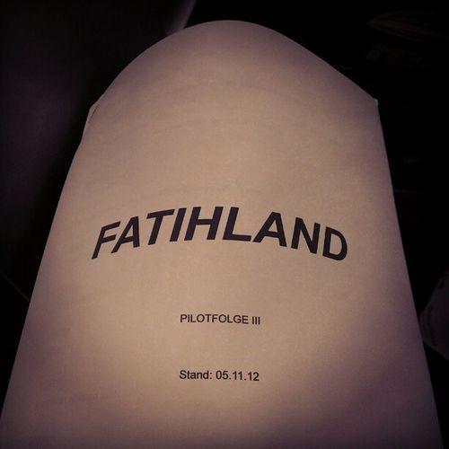 Erstmal durchlesen jetzt. :-) Fatihland