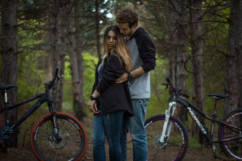 Bicycle Evening Exceptional Photographs Eye4photography  Family Forest Green Green Color Happiness Love Our Best Pics Outdoors Popular Popular Photos Relationship Romance Shootermag The Week Of Eyeem The Week On Eyem TheWeekOnEyeEM Trees Twilight Wood Young Men Young Women